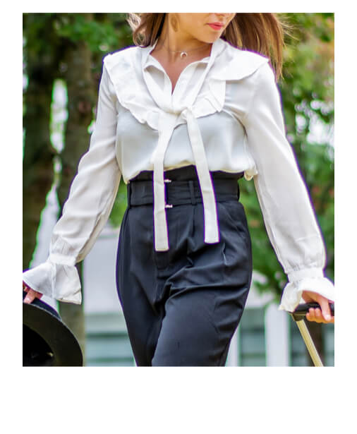 blouse blanche noeud cravate