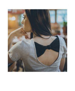tshirt fashion dos nu-detail-dentelle