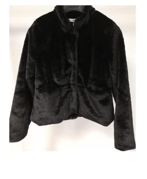 veste noire fausse fourrure