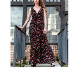 b94e9e6cc70 Home Robes   Jupes Fashion Bliss – Robe longue noire portefeuille à fleurs  dos nu