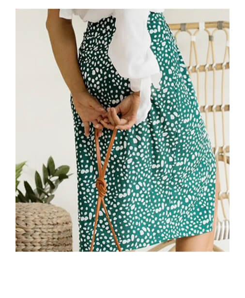 jupe taille haute fendu et boutons
