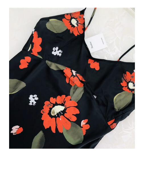 robe satin à fleurs