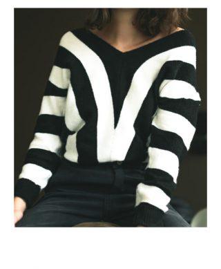 pull en maille noir et blanc