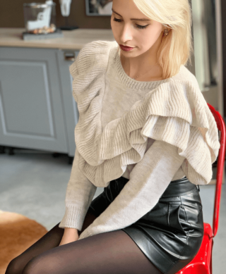 pull femme a volants