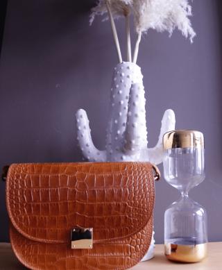 sac cuir croco marron bandouliere