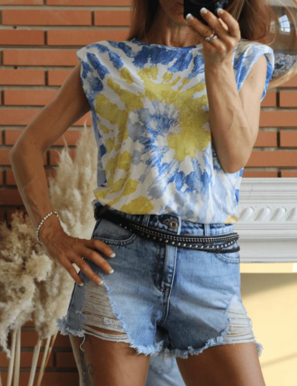 short jean destroy taille haute