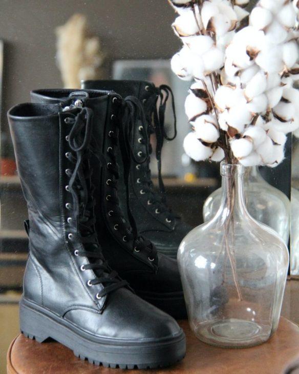 bottines noires a lacets