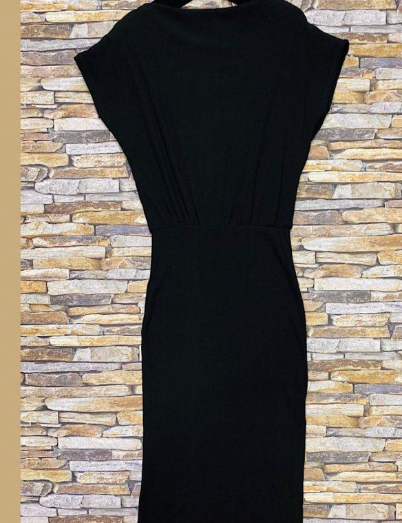robe noire côtelée