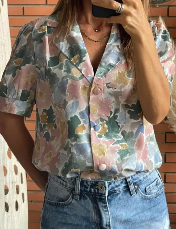 blouse boutons col tailleur